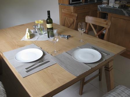 Češnjeva miza