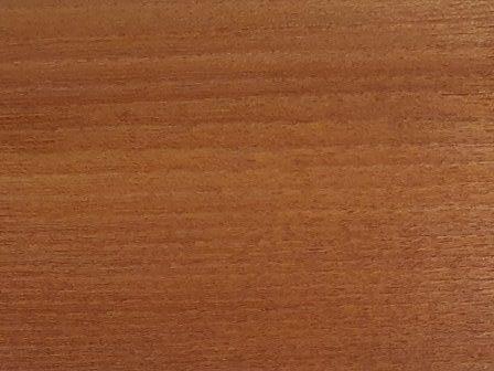 Akacijev les masivno