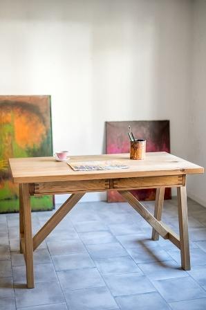 Hrastova pisalna miza